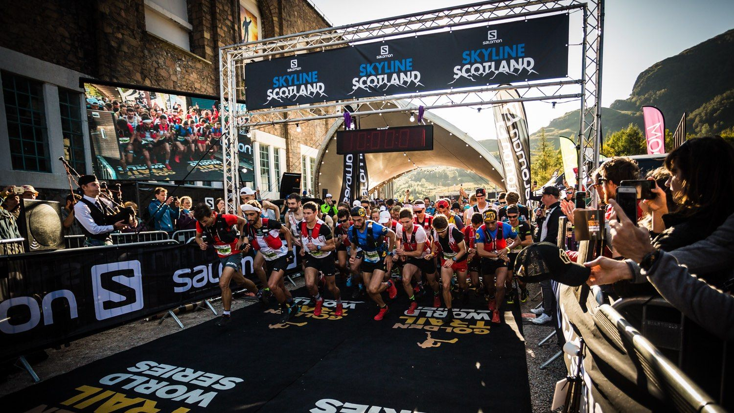 Salomon Ring of Steall - Start Line 10 - Copyright No Limits Photography web