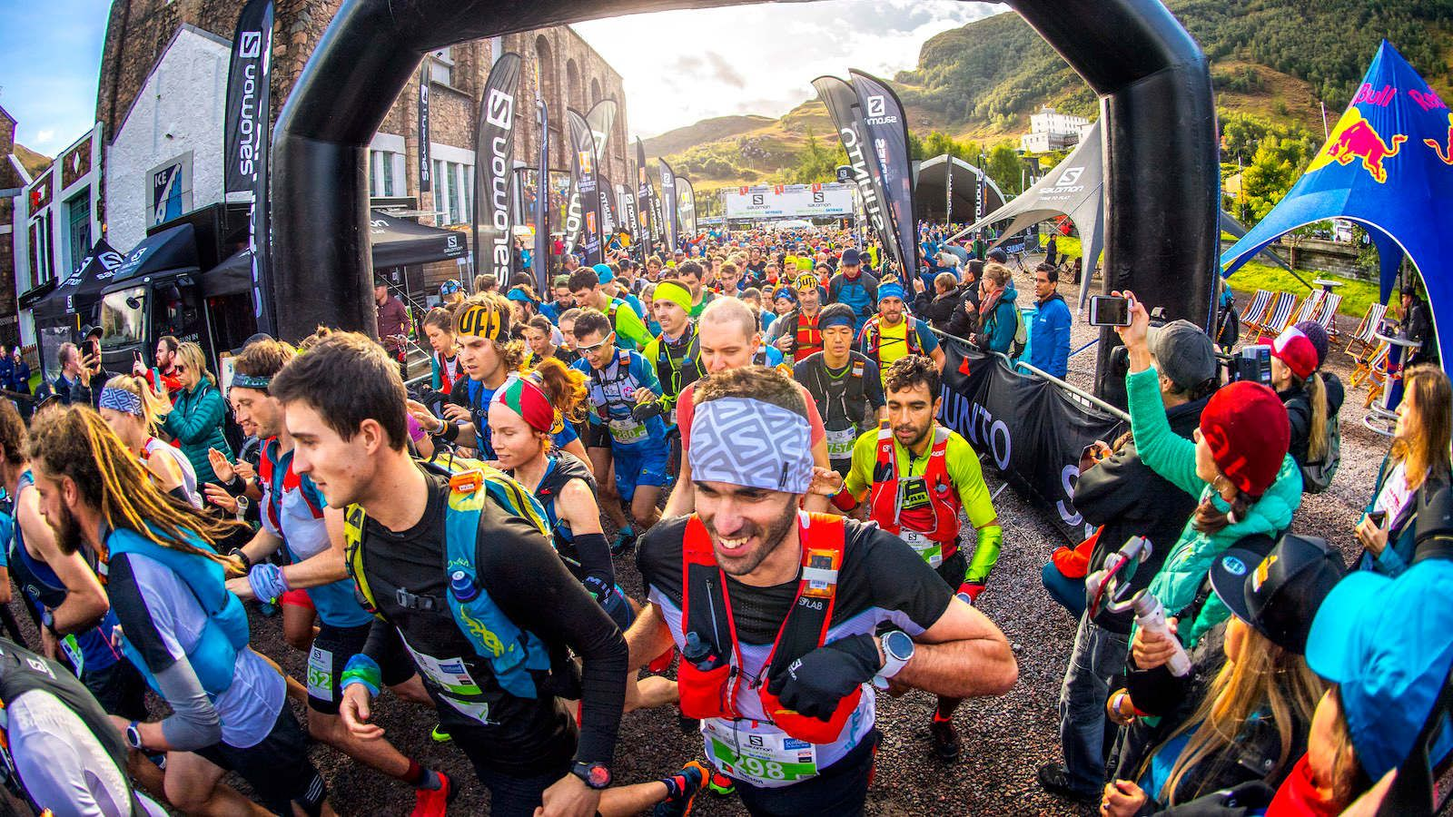 Skyline Scotland Golden Trail Series Ring of Steall Skyrace start 2018