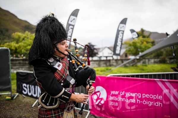 Piper sets off the runners in VK race credit- No Limits Photography