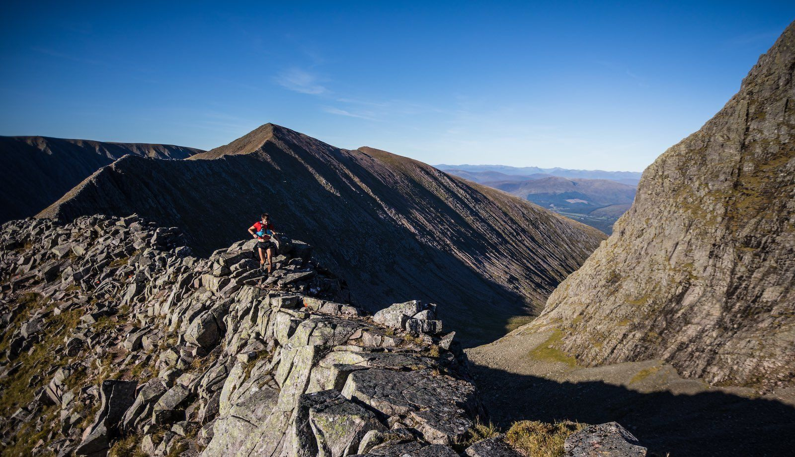 Salomon Ben Nevis Ultra - Third Male - Vincent Richrath - Carn Mor Dearg Arete - Copyright No Limits Photography web