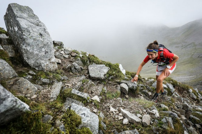 Igone-Campos-on-the-2016-Salomon-Ring-of-Steall-Skyrace