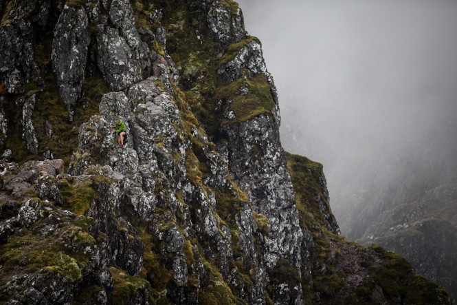 Salomon Glen Coe Skyline - Third Female - Megan Wilson - Aonach Eagach - Copyright No Limits Photography